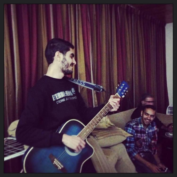 bariq-guitar